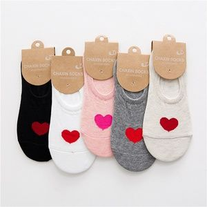 Accessories - 5 Pairs a set Women Ankle Socks with love heart